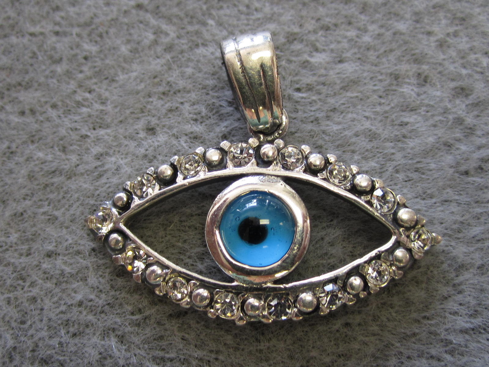 diamond sapphire evil necklace pendant gold b blue large white eye point
