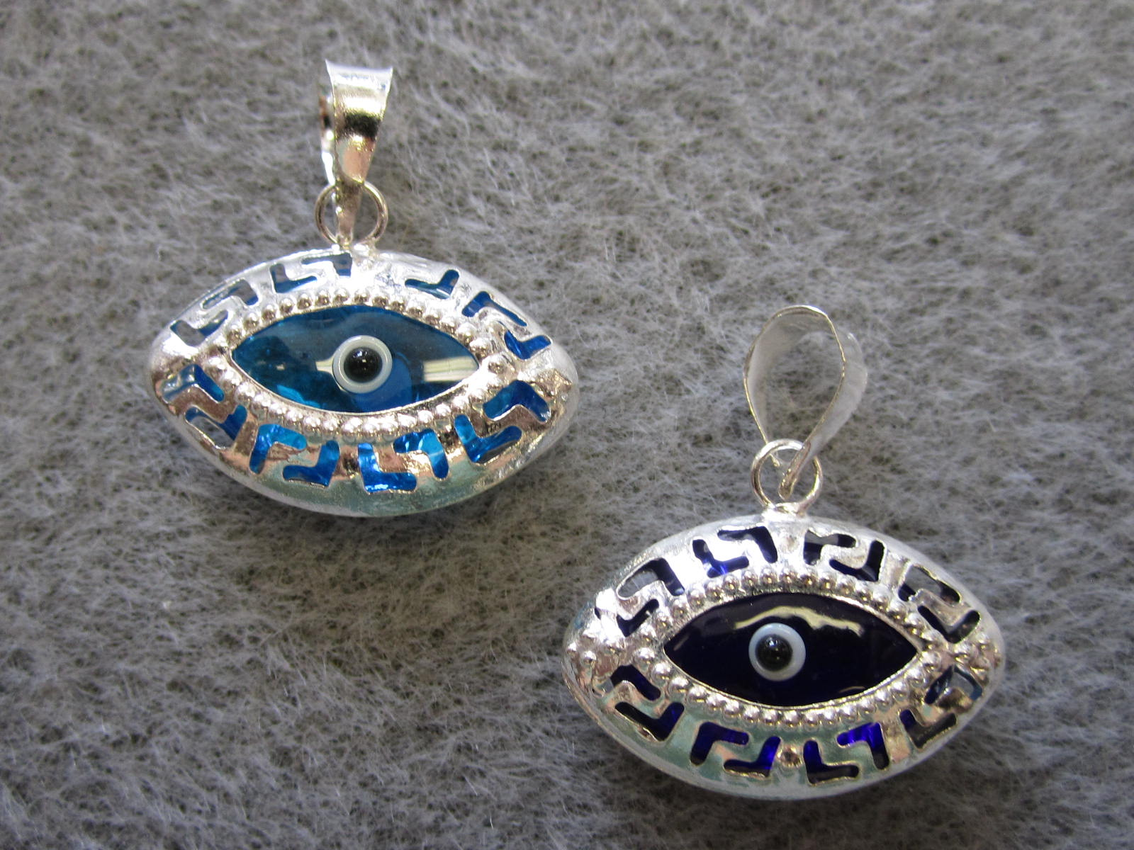 with makri mian ileana pendant gold tsavorites eye and product vand rose sapphire tsavorite evil