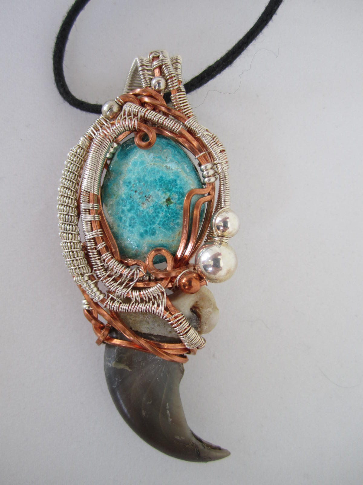 Chrysocholla and Black Bear Claw Wire Wrap Pendant | Bead Wold Beads