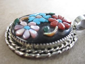 ZUNI Inlay Pendant Rose Calavaza